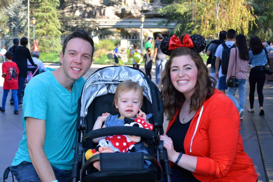 disneyland-with-discovering-parenthood