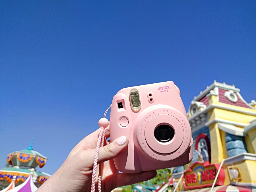 Fujifilm Instax Mini 8 in Disneyland on Main Street.