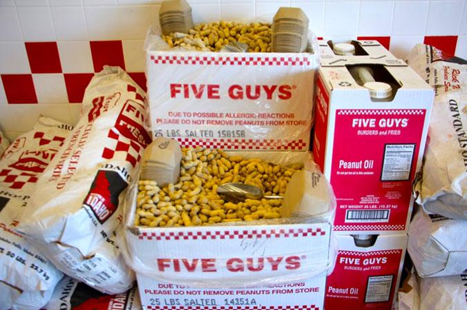 five guys discover la