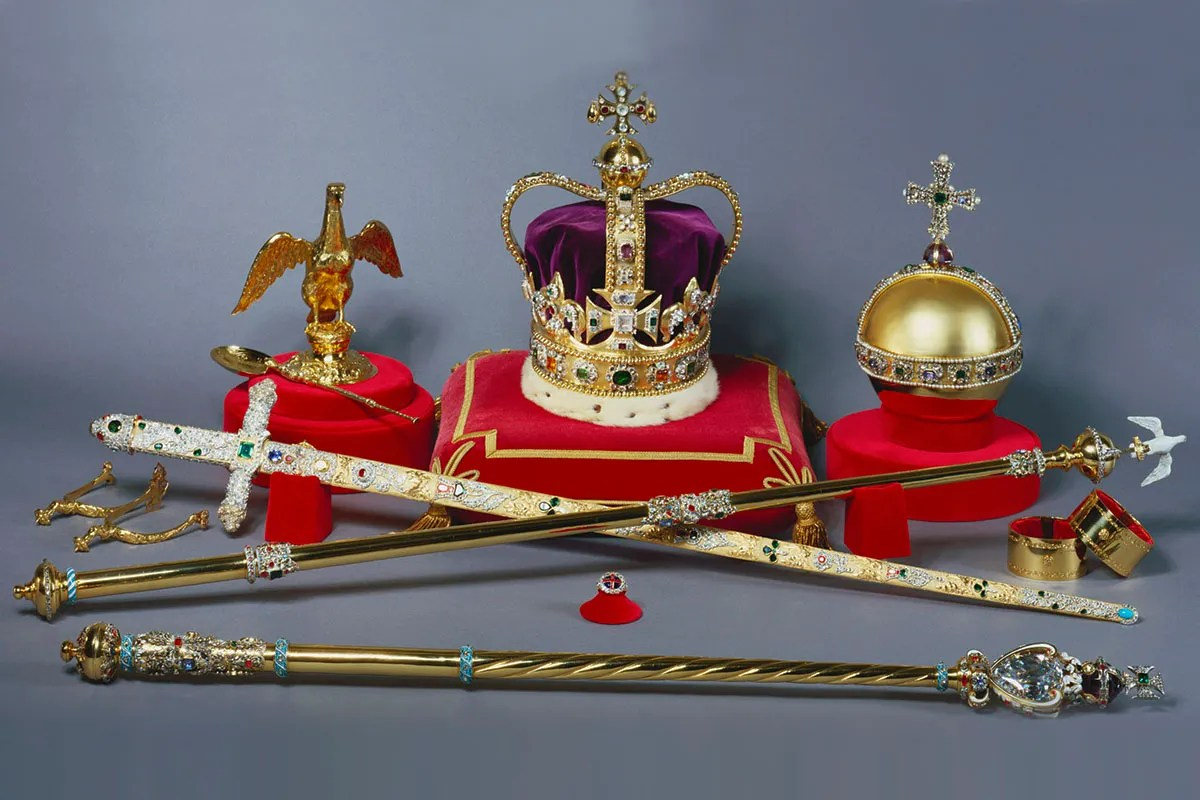 Discover London - VIP tours - Coronation Regalia