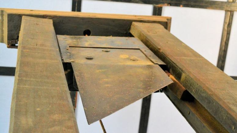 10 Insane (but true) Facts about the French Guillotine -