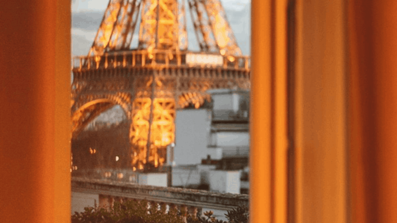 The Best Paris Hotels Near The Eiffel Tower Discover Walks