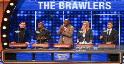 """""""Celebrity Family Feud"""" Listings   Boxers & Housewives   July 26"""