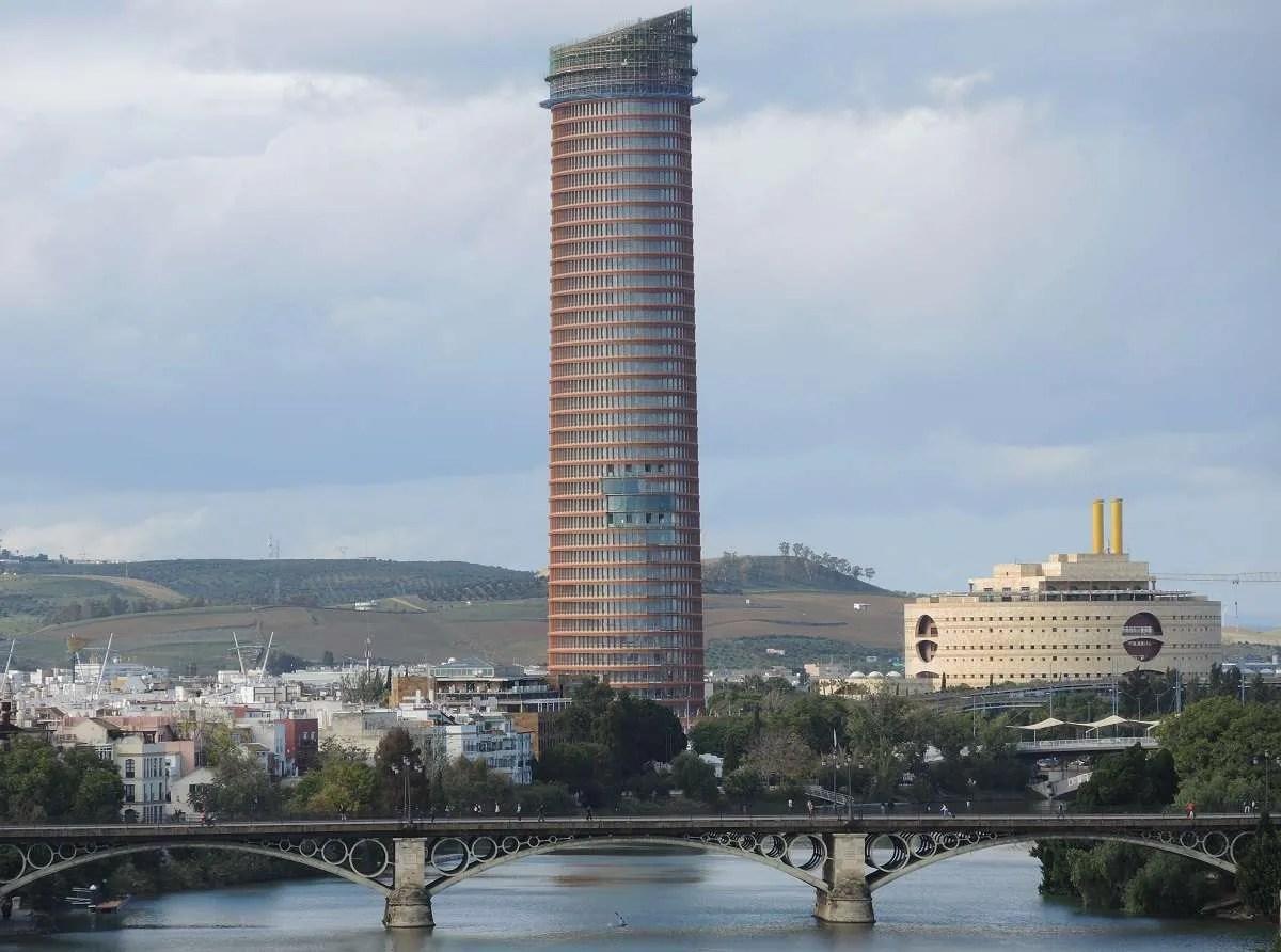 La Torre Pelli el edificio ms alto de Andaluca