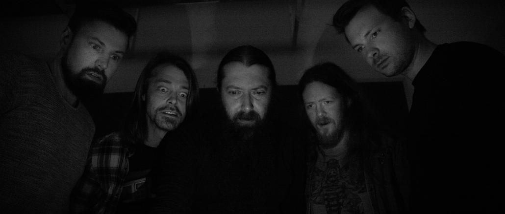 Bilde av medleme i bandet Airhog i sort-hvit