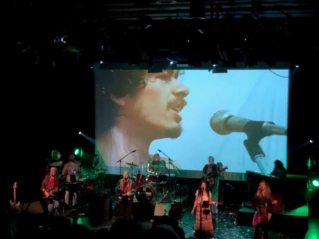 Foto: Ivar Rømo. På bildet ser du en 22 år gammel Carlos Santana på Woodstock.