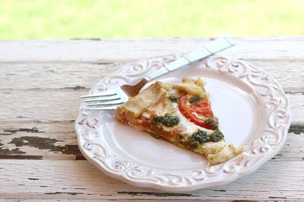slice fresh mozzarella tomato tart