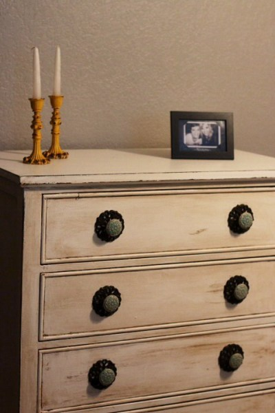 Antique white distressed chest of drawers