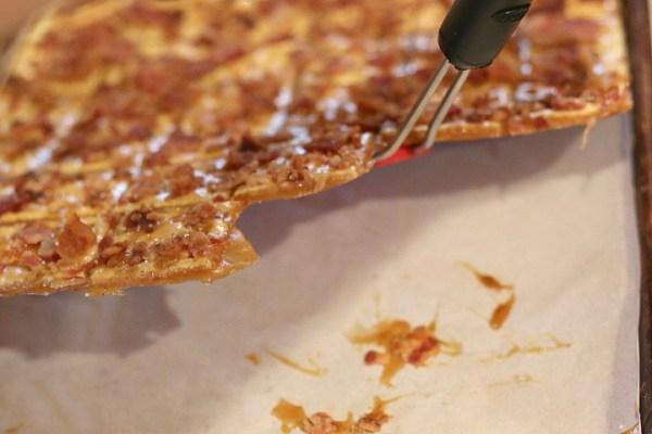 bacon crack break apart