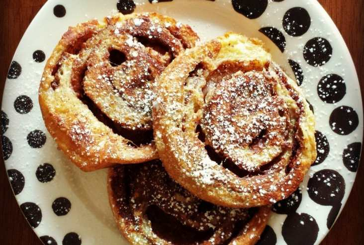 A plate of swirling cinnamon bun french toast