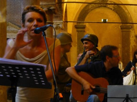 margherita sciarretta reading musicale mostra fotografica robert capa letture steinbeck concerto