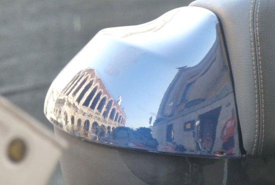 20120823-arena-verona-riflessa