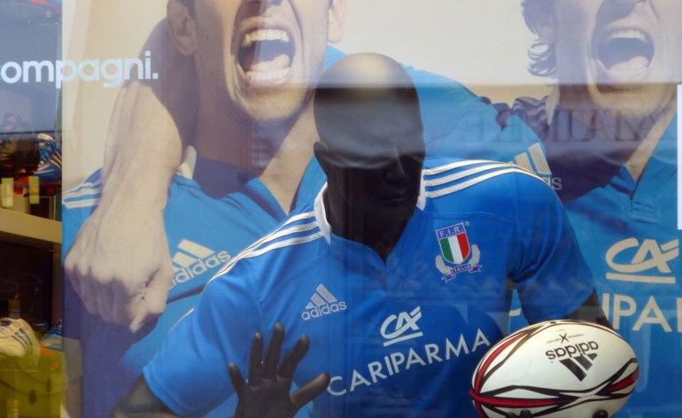 20121018-veronavetrinaadidasnazionaleitalianarugbyazzurri