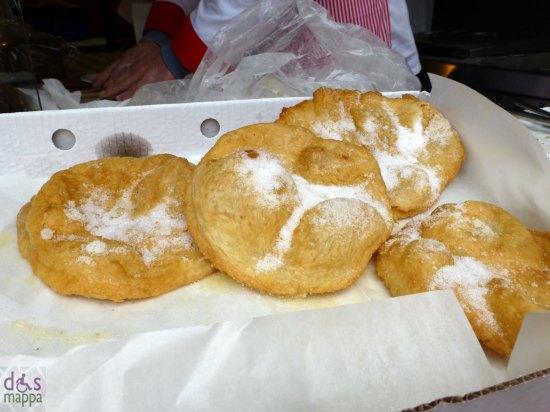 frittelle con lo zucchero - dolci di natale a verona