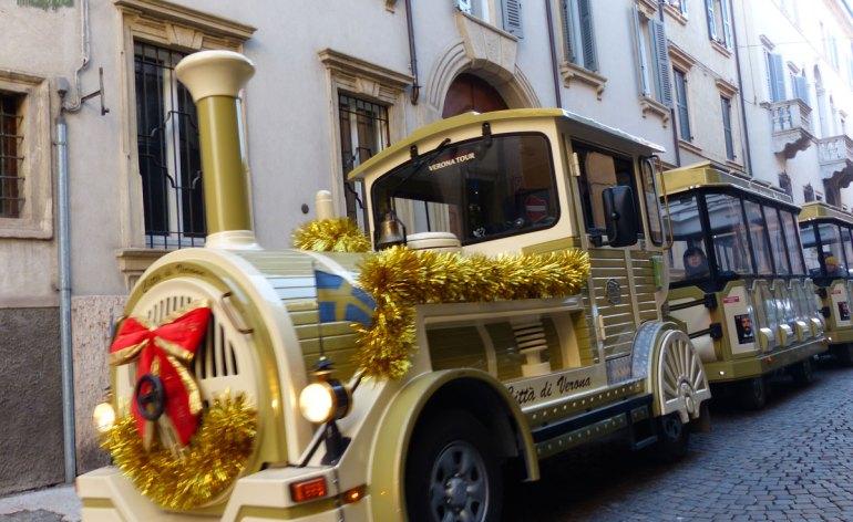 20131207-trenino-turistico-natalizio-verona