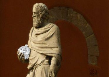 natale2012-statuafracastoroveronamirrordiscoball