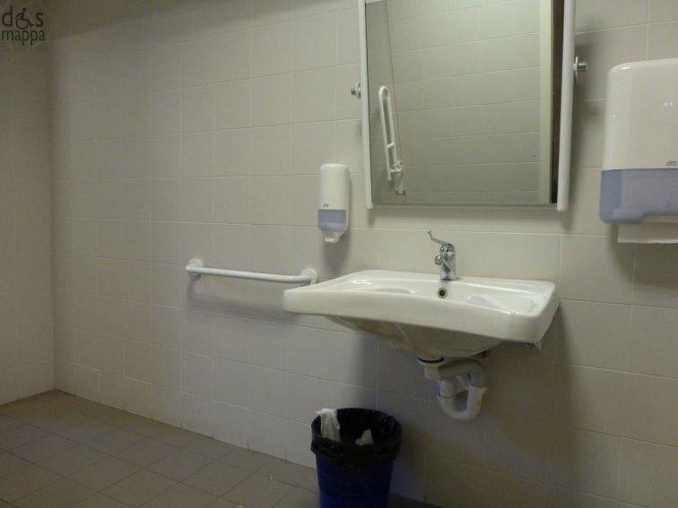 bagno accessibile a persone disabili verona