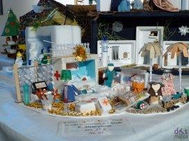 Medicinali - Mostra concorso dei presepi con materiali riciclati a Palazzo della Ragione Verona