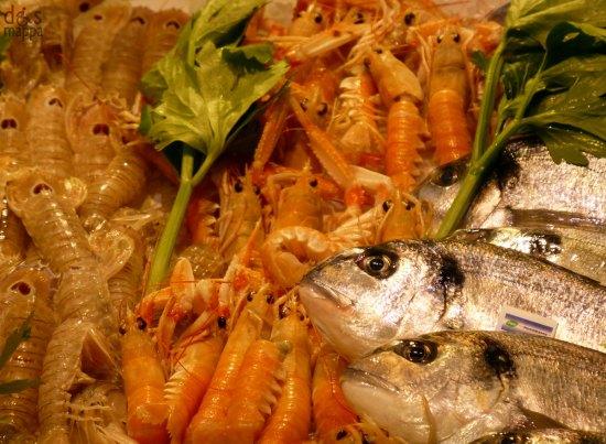 pesce fresco pescheria supermercati pam verona centro storico
