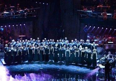 il coro dell'arena di veron esegue il va' pensiero di giuseppe verdi dal nabucco al festival di sanremo 2013