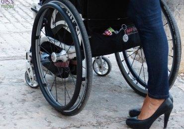 carrozzina e tacchi wheelchair and heels
