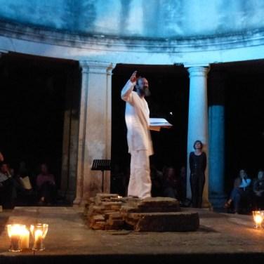 ALLA LUNA evento organizzato dal FONDO AMBIENTE ITALIANO al Lazzaretto di Verona, 24 giugno 2013 Reading con Massimo Totola (voce), Margherita Sciarretta (voce), Enrico Parizzi (violino), Maria Giuliana Gardoni (danza).