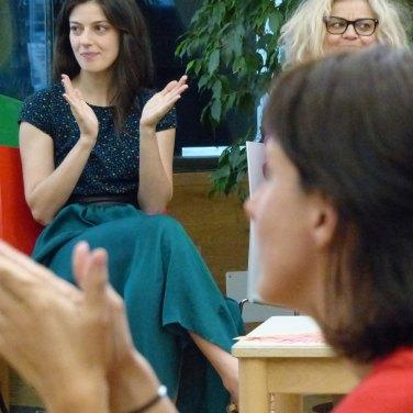 L'incontro con attori e regista de Il mercante di Venezia alla Biblioteca Civica di Verona, primo appuntamento de fuoriTeatro dentro la biblioteca | incontrando gli artisti