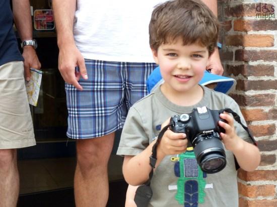 bambino-macchina-fotografica-verona