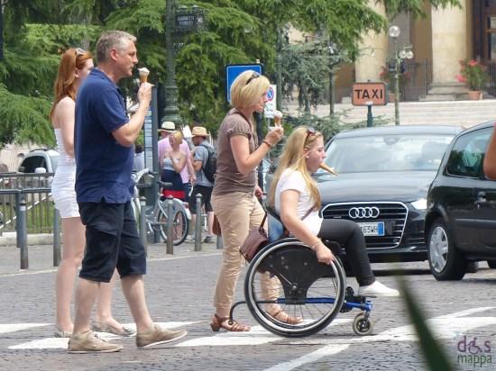 verona-gelati-ragazza-disabile-carrozzina