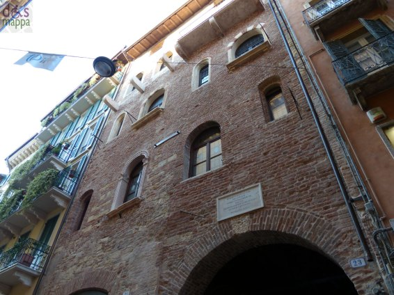 La facciata della Casa di Giulietta