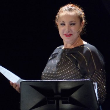 Teatro Nuovo di Verona VEXATIONS Iaia Forte | Leonardo Zunica di Erik Satie | concerto spettacolo voci Iaia Forte | Paolo Valerio | arte Marco Campedelli