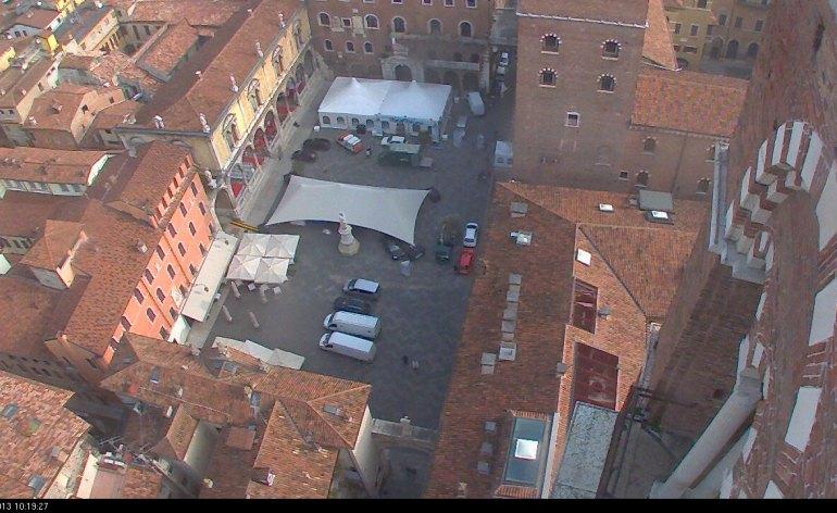 20131018-webcam-verona-piazza-dei-signori-librarverona