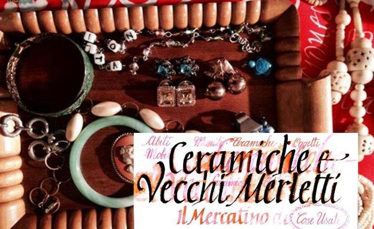 2013112-mercatino-usato-ceramiche-vecchi-merletti