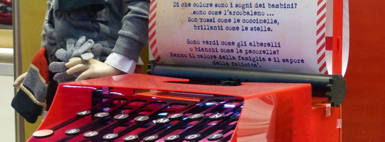 20131203-macchina-da-scrivere-natale-vetrina-verona