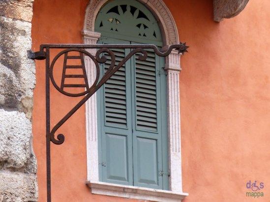 20131227 Stemma scaligero closeup Verona