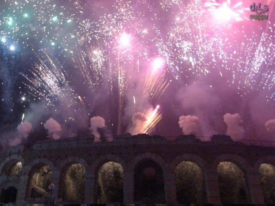 20140101-fuochi-artificio-arena-verona-capodanno-03