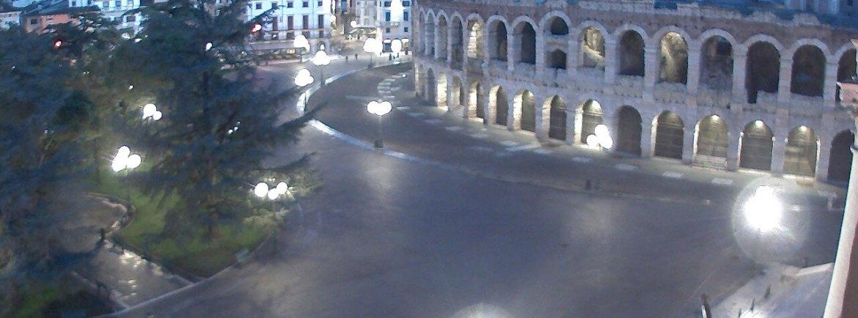 20140214 Webcam Arena di Verona montagne innevate