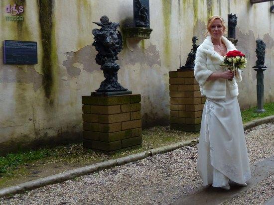 20140222 Sposa entrata Tomba di Giulietta Verona