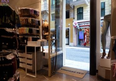 20140305 Accessibilita negozio Calzedonia via Cappello Verona 39