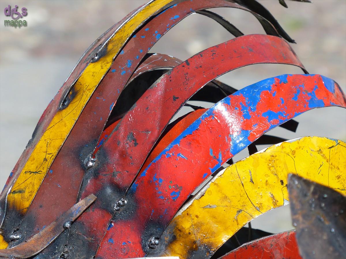 20140329 Animali ferro riciclato Verona in fiore coda gallo 353