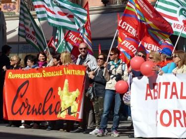 20140416 Manifestazione lavoratici Abital Corneliani Verona 782