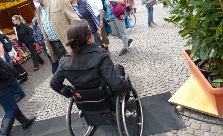 20140418 Accessibilita carrozzina dossi Piazze dei Sapori Veron