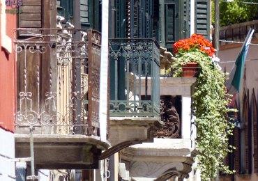 20140517 Balconi via Leoncino Verona