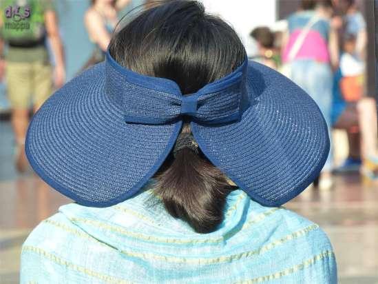 20140818 Cappello fiocco turista Verona