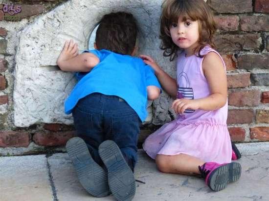 20140914 Bambini Ponte Pietra Adige Verona