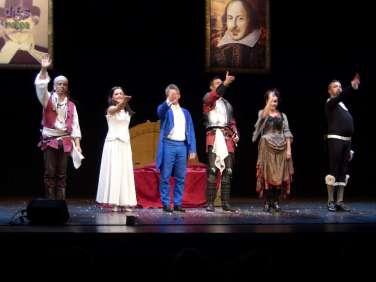 Applausi per Othello la h è muta degli esilaranti Oblivion, primo appuntamento della Rassegna Divertiamoci a Teatro al Teatro Nuovo di Verona