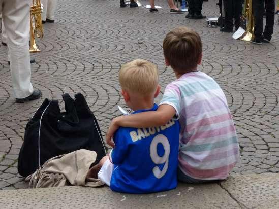 20140623 Bambini turisti maglia balotelli nazionale 9