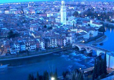 20150112 Webcam panorama alba Verona blu