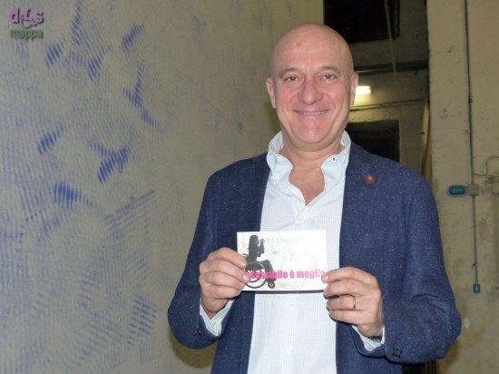 Claudio Bisio, a Verona con Father and Son, testimone di accessibilità per dismappa