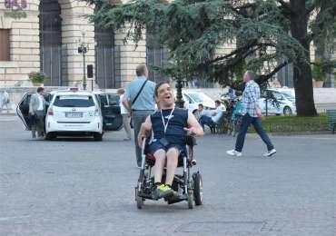 20140601  disabile sorriso carrozzina Verona